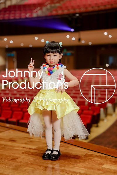 0002_day 1_yellow shield portraits_johnnyproductions.jpg