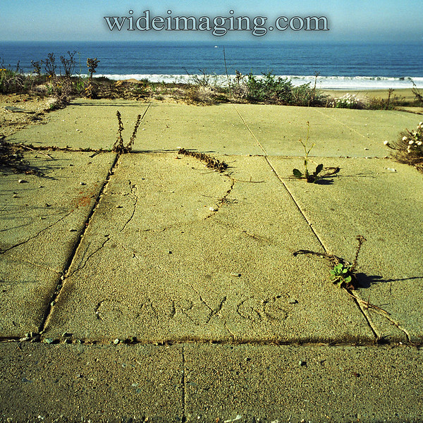Someone named Gary was here in '66. Rindge Avenue Playa Del Rey, Ghost Town, from October 10, 2000.