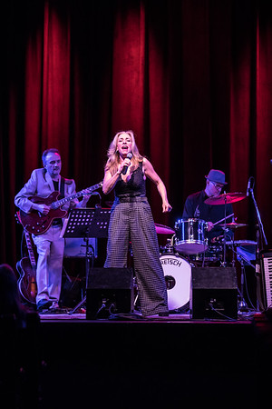 Amanda Carr with Myanna and The Ken Clark Organ Trio  3/23/19