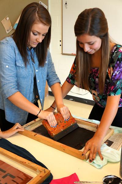Lutheran-West-Art-Class-Silk-Screen-T-Shirts--September-2012--52.JPG