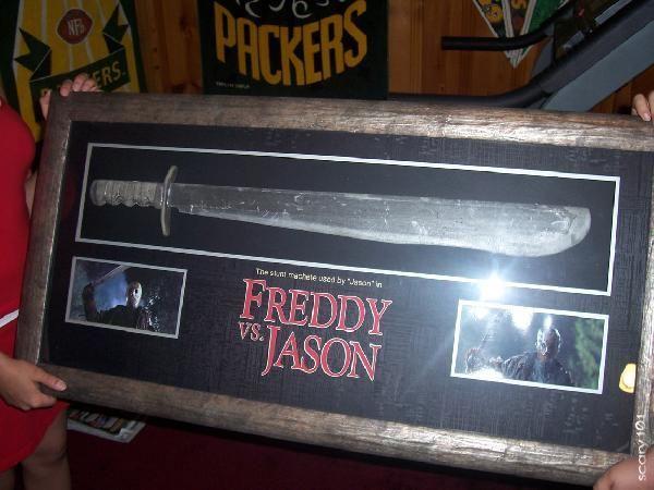 norm-44a99785e6778-Freddy+vs_+Jason+(2003).jpg