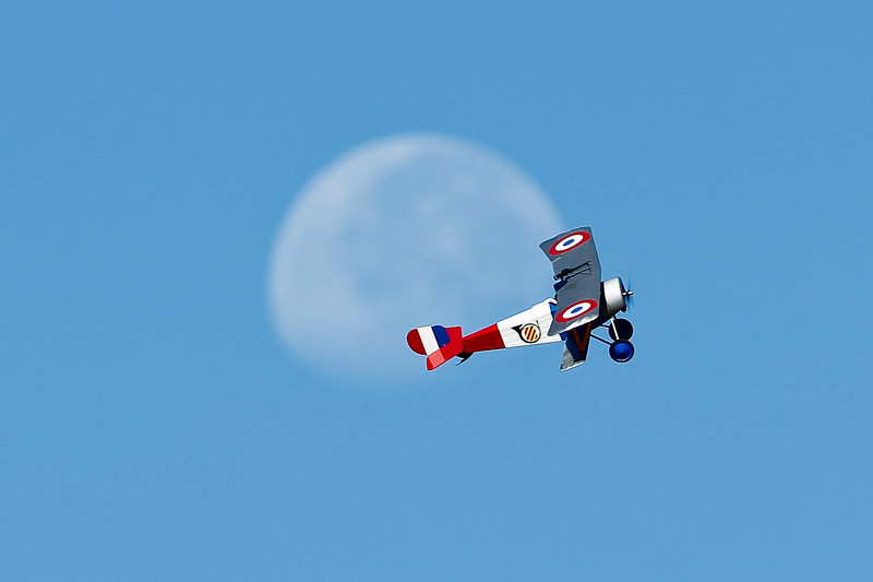 Electrifly_Nieuport17_Moon_56.jpg