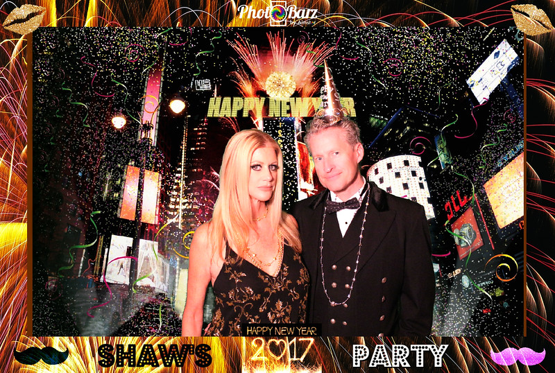 Shaws NYDay Party (70).jpg
