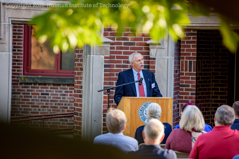 RHIT_Homecoming_2017_Moench_Bust_Dedication-12732.jpg