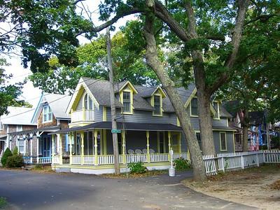 8 Bayliss Ave  - Oak Bluffs