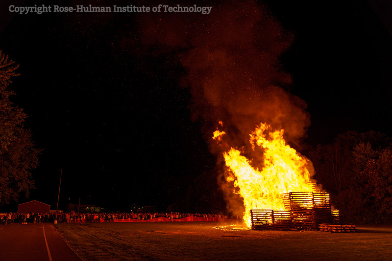 RHIT_Homecoming_2019_Bonfire-7440.jpg