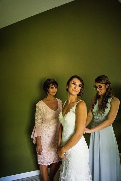 TARYN AND SETH - THE MICRO WEDDING - 26.jpg