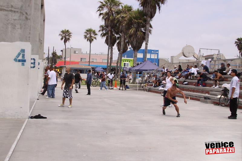 06.20.09 So-Cal Summer Slam  3-Wall Big Ball Singles.  1800 Ocean Front Walk.  Venice, ca 310.399.2775 (7).JPG