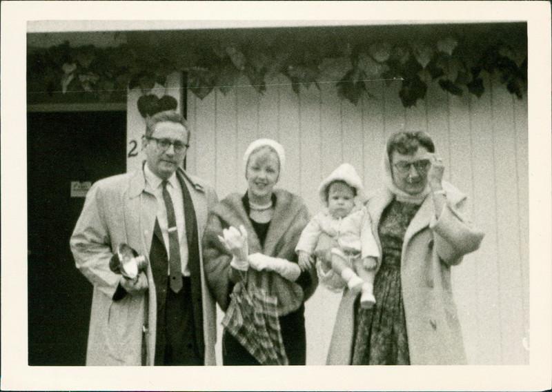1963_George_E45-01.jpg