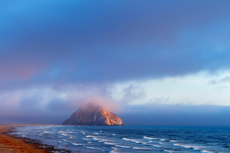 Foggy_Sunset_at_Morro_Rock_DKK1711.jpg