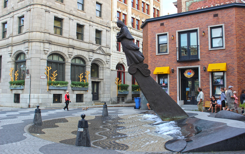 QuebecCity-OldQuebec-LowerTown04.JPG