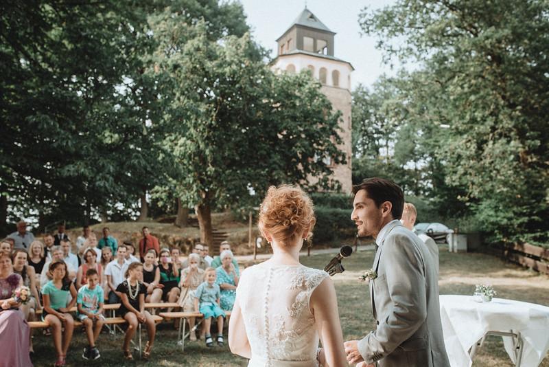 Hochzeitsfotograf-Tu-Nguyen-Destination-Wedding-Photography-Hochzeit-Eulenbis-Christine-Felipe-43.jpg
