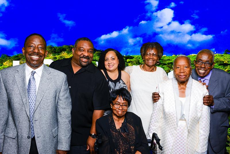 Family Reunion-16277-2.jpg