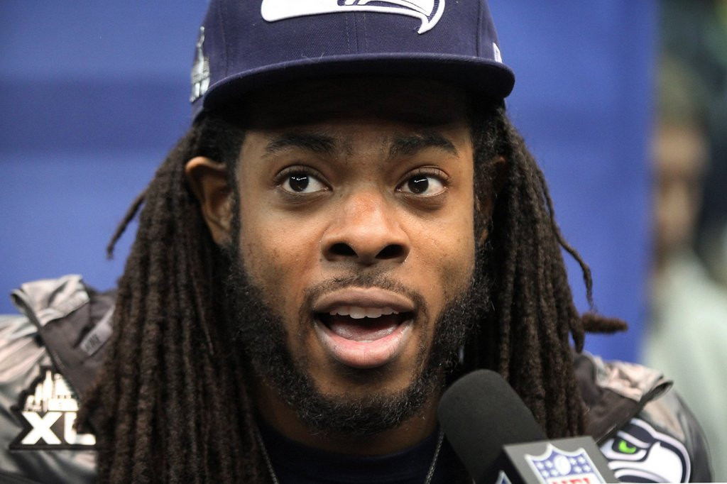 . <p><b> Super Bowl XLVIII</b>  <p><b> Seahawks vs. Broncos (-2½):</b>  <p>Seattle cornerback Richard Sherman on Wednesday stood by his recent comments on Denver�s Peyton Manning, saying that he�s the NFL�s smartest quarterback but that usually �he throws ducks.� It�s one of the harshest criticisms ever leveled against Manning by a horse�s ass. <p>Wild cards have been the smart pick in recent years, winning four of the past eight years. Since no wild cards are playing Sunday, we�ll ride the trend that three of the last seven Super Bowls have been won by a Manning. It\'s his year. <p>Pick: <b>Broncos 27, Seahawks 20</b> <p>    (Tony Overman/The Olympian/MCT)