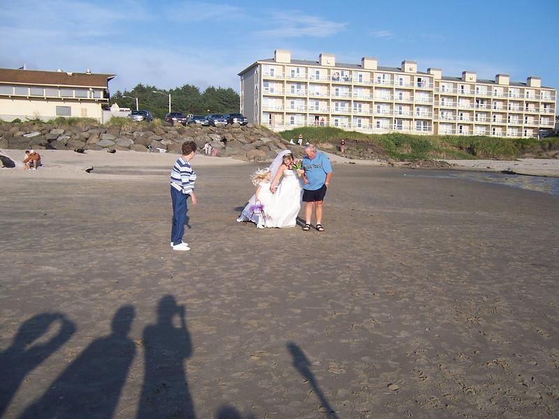 05_05_28mike and jen wedding 012.jpg