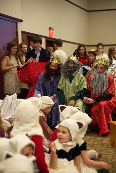 2014-12-21-Christmas-Pageant_208.jpg
