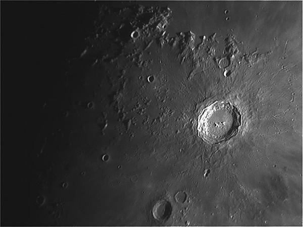Crater Copernicus - Reinhold - Montes Capatus - Mare  Insularum..jpg