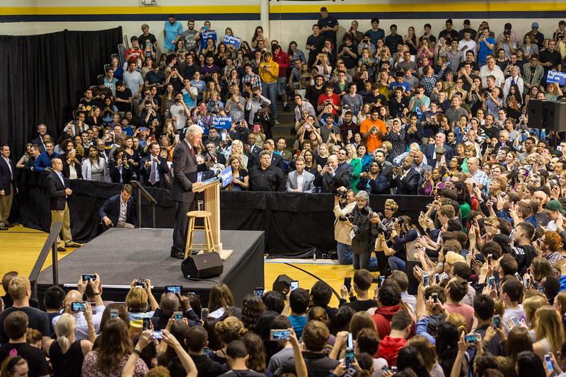 President Bill Clinton @ TCNJ 5-13-2016-8.jpg