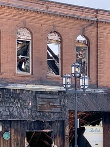 2020 11 23: Downtown Duluth, Fire Damage & Sign Murals