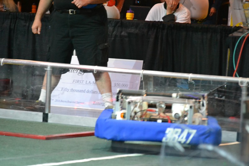 2016 First Bayou Regional Robotics Competition - Bouvier - 699