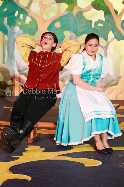DebbieMarkhamPhoto-High School Play Beauty and the Beast221_.jpg