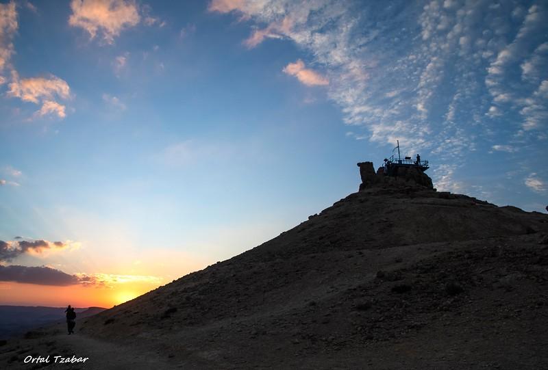 שקיעה בהר גמל.jpg