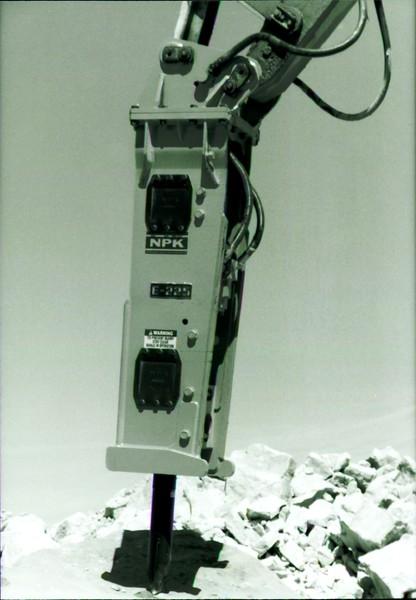 NPK E225 hydraulic hammer on Cat excavator at Marblehead quarry (12).JPG