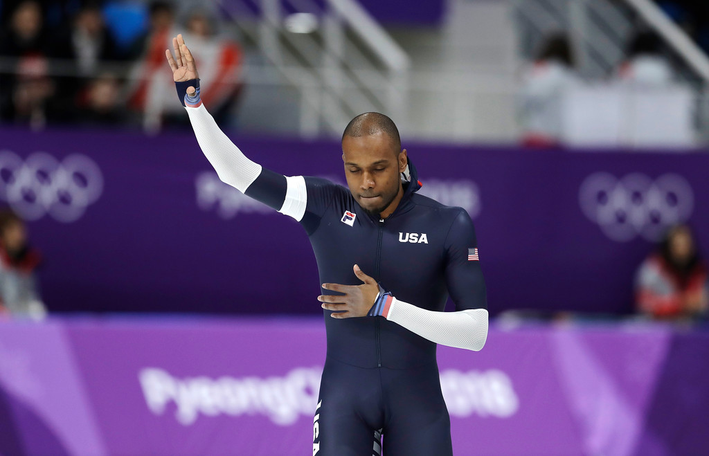 . Shani Davis of the U.S. waves after the men\'s 1,000 meters speedskating race in what is believed to be his last Olympic race, at the Gangneung Oval at the 2018 Winter Olympics in Gangneung, South Korea, Friday, Feb. 23, 2018. (AP Photo/Petr David Josek)