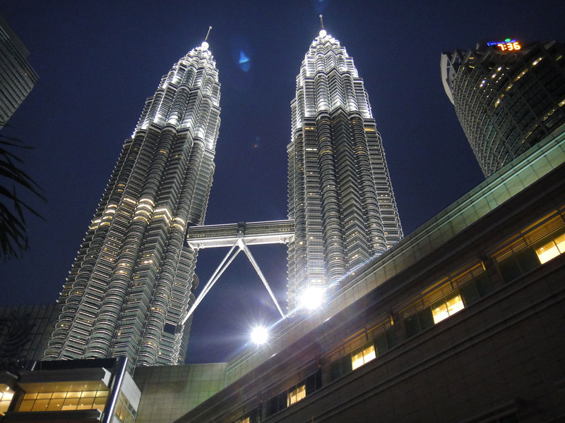 Twin towers at night (5).JPG