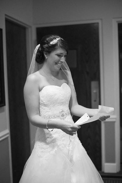 Matt & Erin Married _ getting ready  (65).jpg