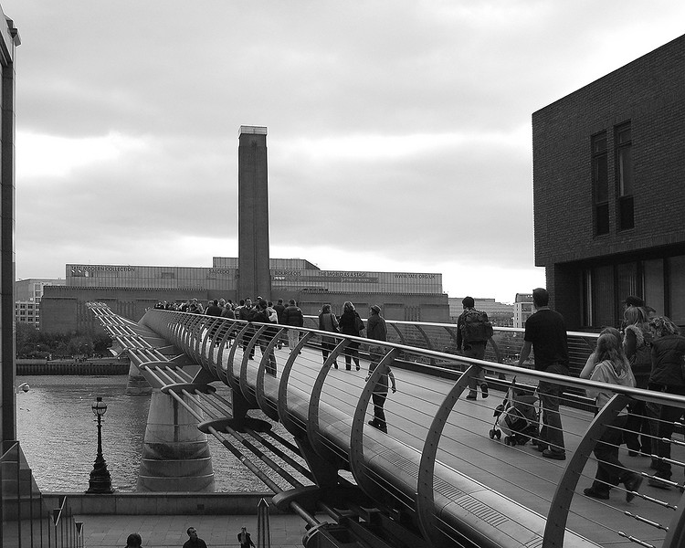 The Millennium Bridge & Tate Modern
