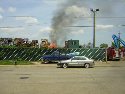 FRANKLIN PARK, IL SCOTT ST. & FRANKLIN AVE. FIRE IN A RECYLE CENTER (2009)