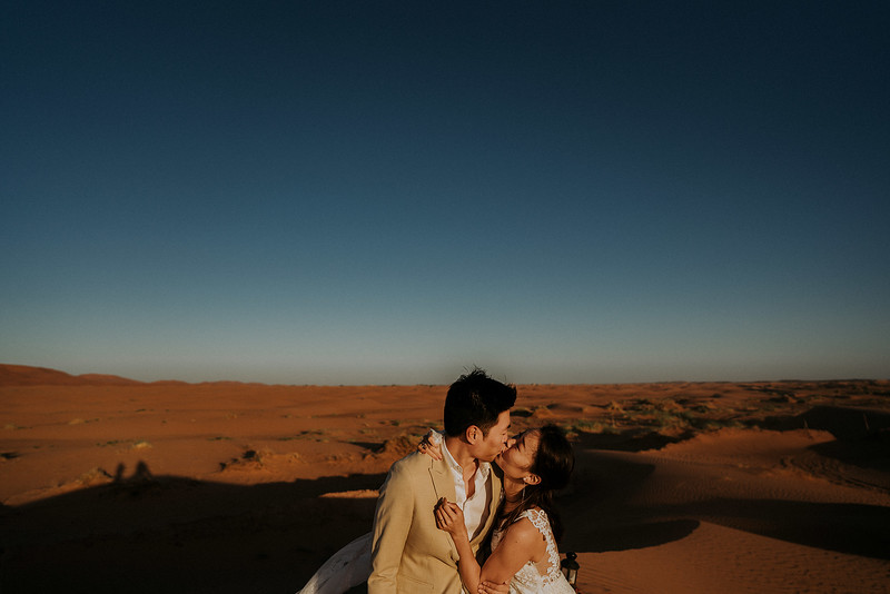 Tu-Nguyen-Destination-Wedding-Photographer-Morocco-Videographer-Sahara-Elopement-501.jpg