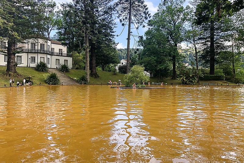 Terra Nostra Gardens hot springs bath