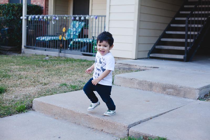 Santi 28 months-6.jpg