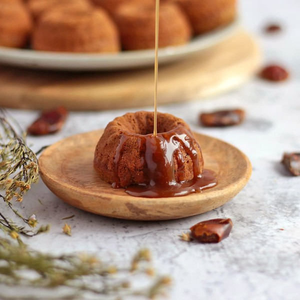 Vegan Sticky Date Puddings - Vegan afternoon tea recipes