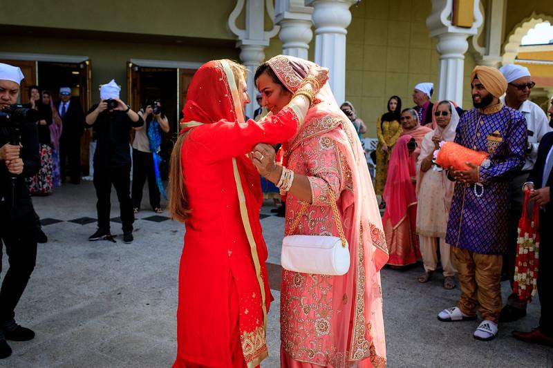 Neelam_and_Matt_Gurdwara_Wedding-1263.jpg