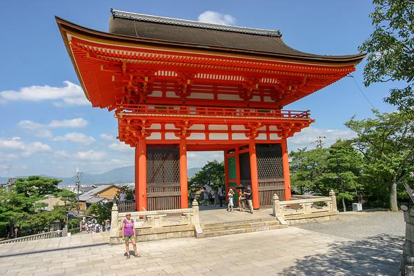 Kyoto  Kiyomizu-dera Temple - August, 2007