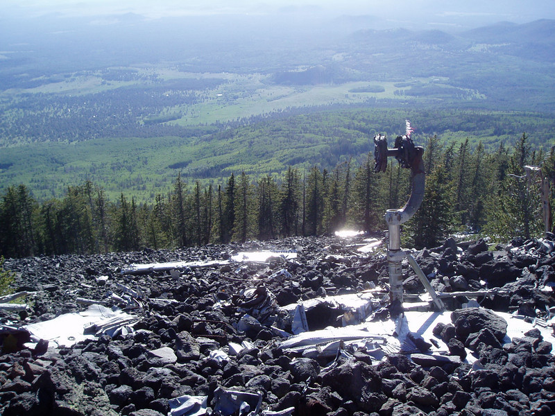 I went to Flagstaff and hiked to Humphreys Peak (12,631ft = 3,850m) in 3.5 hours (3:30 - 7pm).