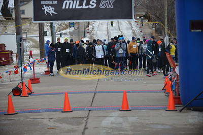 Start - 2015 Chill at the Mills 5K