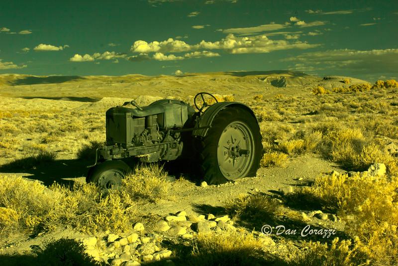 Old Tractor bbbaa.jpg
