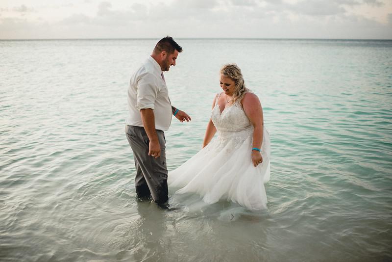 Requiem Images - Aruba Riu Palace Caribbean - Luxury Destination Wedding Photographer - Day after - Megan Aaron -12.jpg
