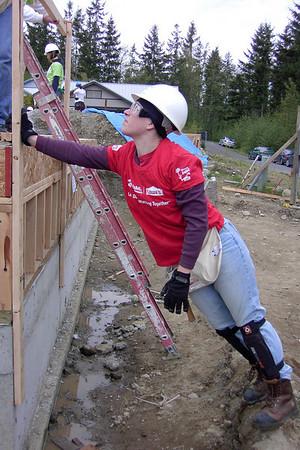 5/10/2008 Snoqualmie Ridge- Women Build