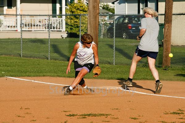 Women's Softball 06-23-09