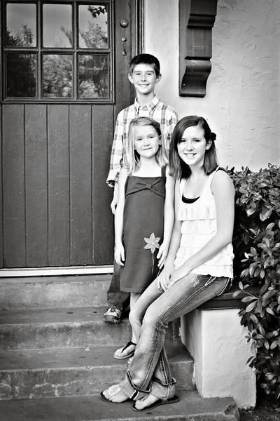 Pam's family 241 copyB&W.jpg