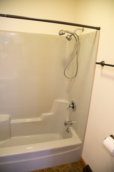 1st Bathroom #3.jpg