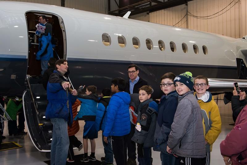 Cub-Scouts-airplane-2-7683.jpg