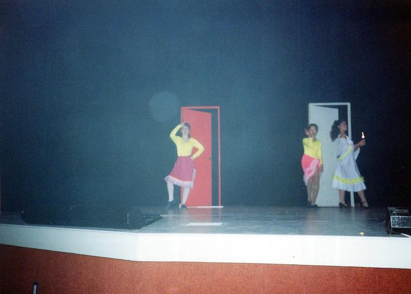 Dance_1060_a.jpg