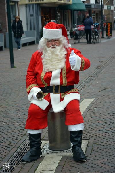 20181222 Kerstman in Dorpsstraat GVW_0028.jpg