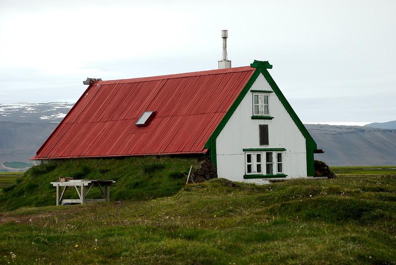 Hvítárnes. Skáli Ferðafélags Íslands
